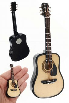 Classical Acoustic Wooden Guitar Magnet